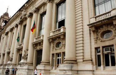 Governo do RS reduz impostos para setores estratégicos da região