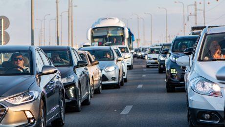 Proposta prevê isenção tributária a motoristas de aplicativo